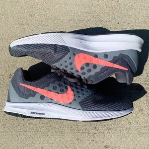 Nike Running Shoes Grey and Coral